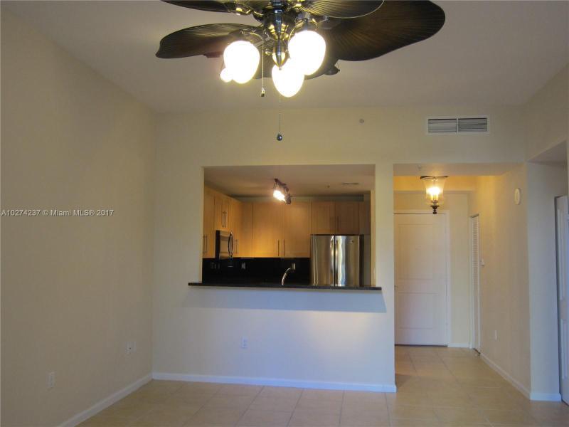 511 SE 5th Ave  Unit 620 Fort Lauderdale, FL 33301-2952 MLS#A10274237 Image 2