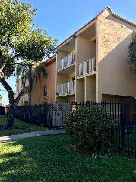 4920 NW 79th Ave  Unit 308, Doral, FL 33166-5426
