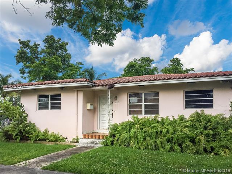 6590 SW 12th St  Unit 1, West Miami, FL 33144-4963