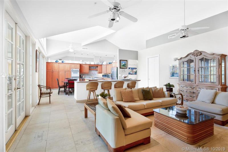 331 Campana Ave, Coral Gables, FL, 33156