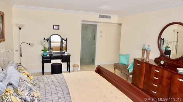 9801  Collins Ave  Unit 12 Bal Harbour, FL 33154-1821 MLS#A10575537 Image 12