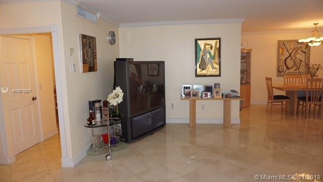 9801  Collins Ave  Unit 12 Bal Harbour, FL 33154-1821 MLS#A10575537 Image 6