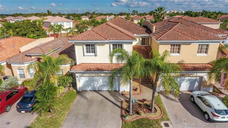 16200 SW 104st,  Miami, FL