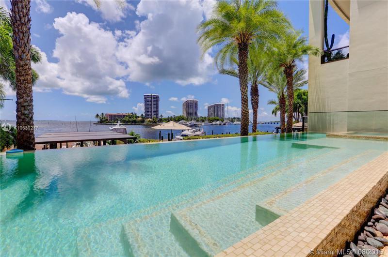 3535  Hiawatha Ave,  Miami, FL