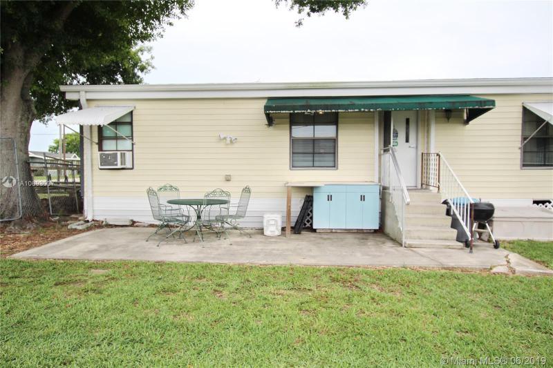 1039 8th Street, OKEECHOBEE, FL, 34974