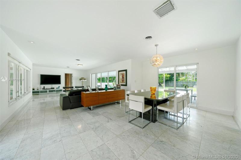 6800 SW 124th St, Pinecrest, FL, 33156