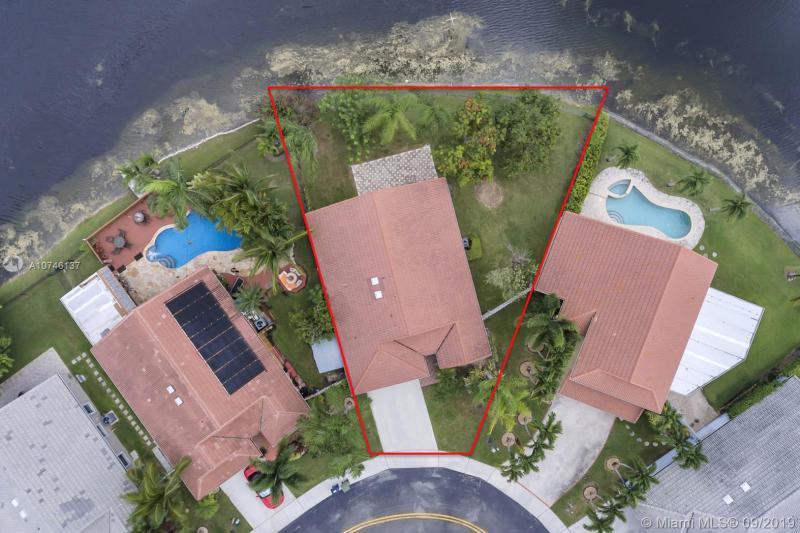 16495 NW 10th St, Pembroke Pines, FL, 33028