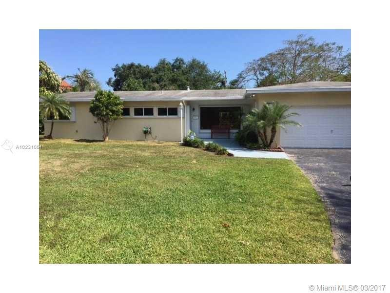 7600 174th St , Palmetto Bay, FL 33157