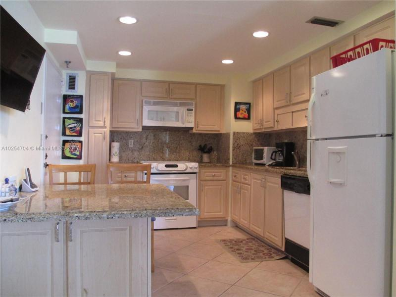 For Sale at  9511   Collins Ave #603 Surfside FL 33154 - 9500 Oceans Condo - 2 bedroom 2 bath A10254704_5