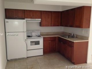 7000 186th St  Unit 4, Hialeah, FL 33015