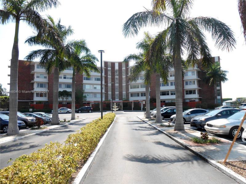 9022 NE 8th Ave  Unit 2, Miami Shores, FL 33138-3286