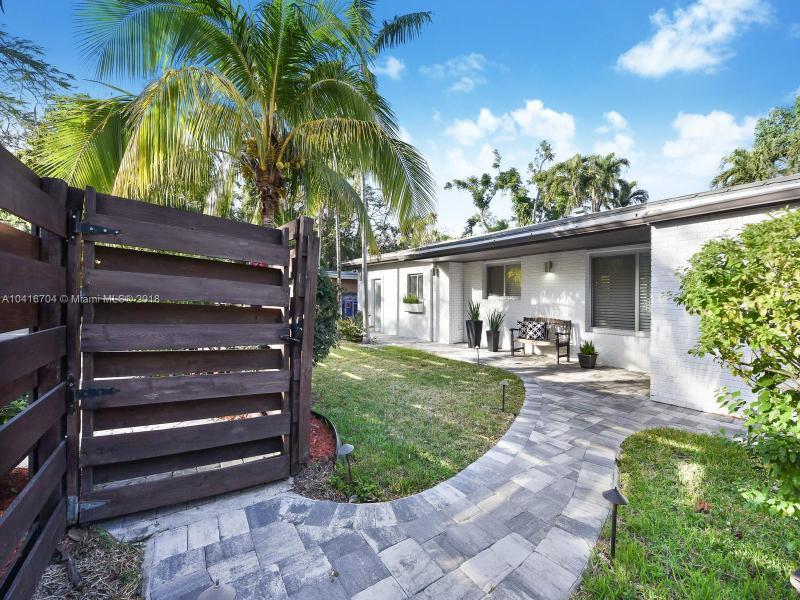 3685 N Bay Homes Dr