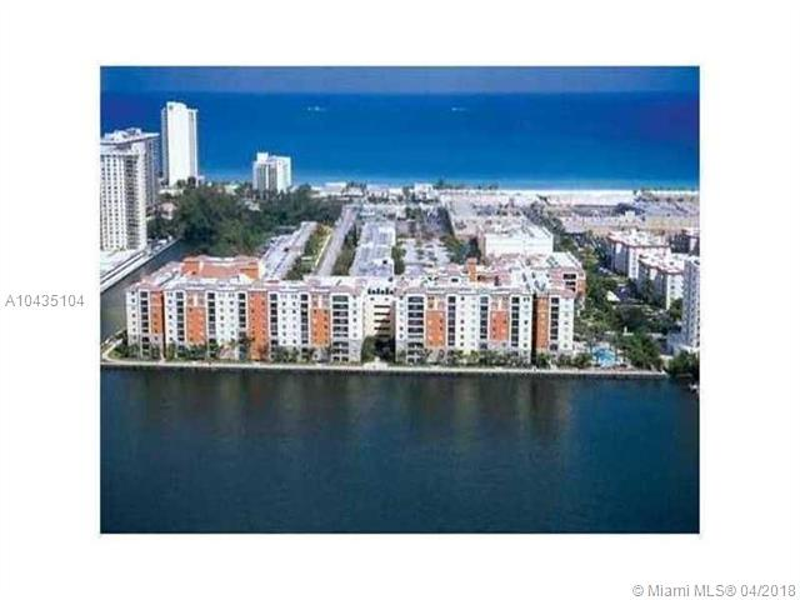 17100 N BAY RD  Unit 1307, Sunny Isles Beach, FL 33160-3451