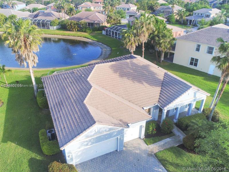 9463 Savannah Estates Dr