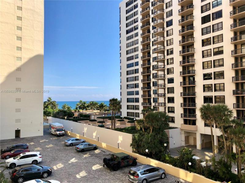 80  Park Dr , Bal Harbour, FL 33154-1341