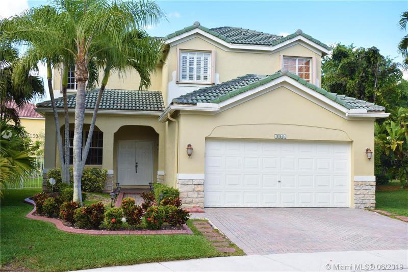 4066  Palm Pl,  Weston, FL