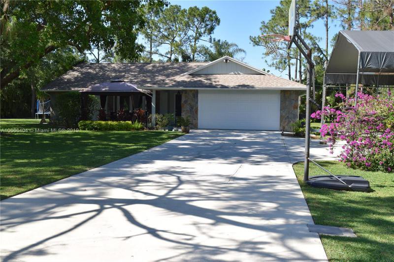 15718 121st Terrace, Jupiter FL 33478-