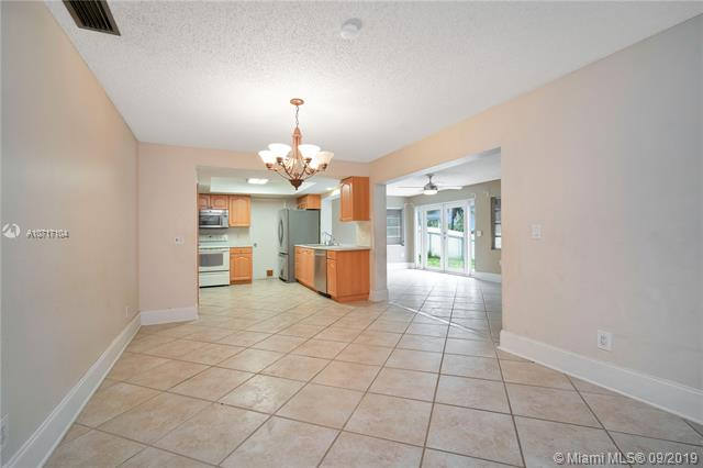 9331 NW 20th St, Pembroke Pines, FL, 33024