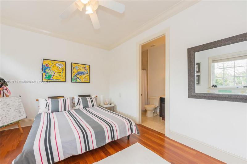 Imagen 30 de Single Family Florida>South Miami>Miami-Dade   - Sale:1.750.000 US Dollar - codigo: A10050771