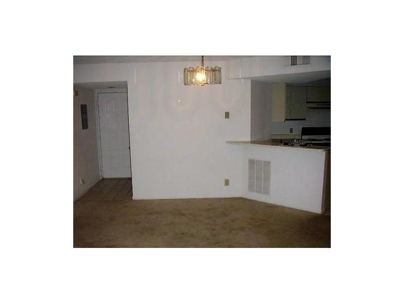 8701 Wiles Rd  Unit 105, Coral Springs, FL 33067