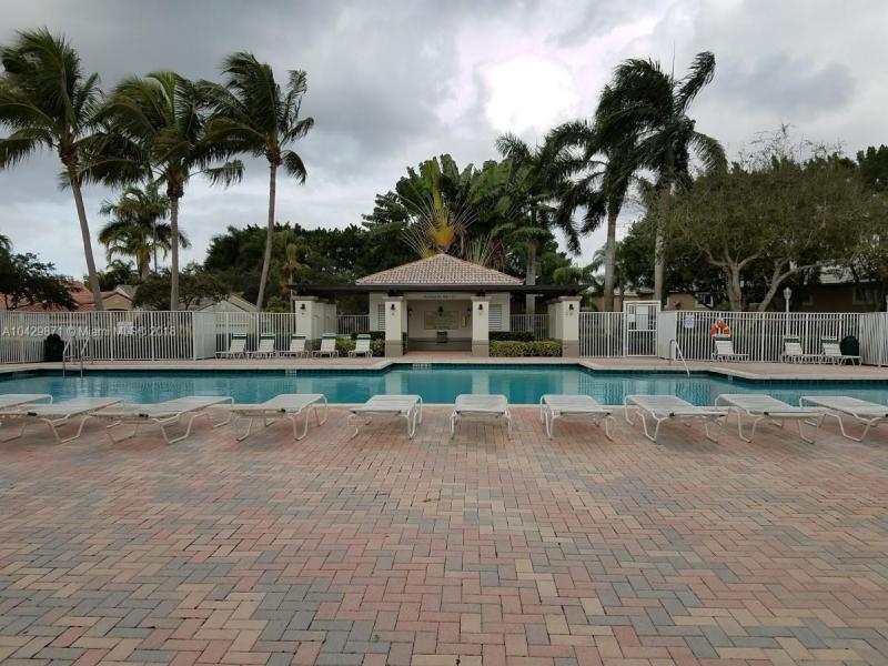 Imagen 27 de Townhouse Florida>Weston>Broward      - Sale:355.000 US Dollar - codigo: A10429871