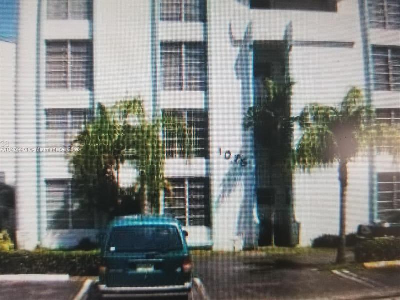 1065  98th St  Unit 10, Bay Harbor Islands, FL 33154-1764