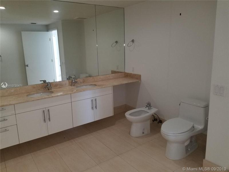 7929 WEST DR 1401, North Bay Village, FL, 33141