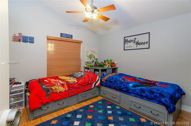 13068 NW 19th St, Pembroke Pines, FL, 33028