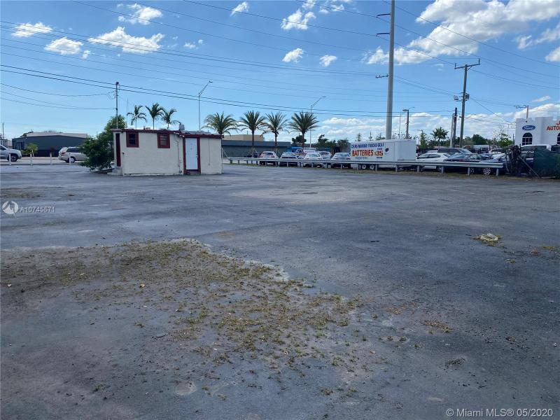 2401 S State Road 7, West Park, FL, 33023