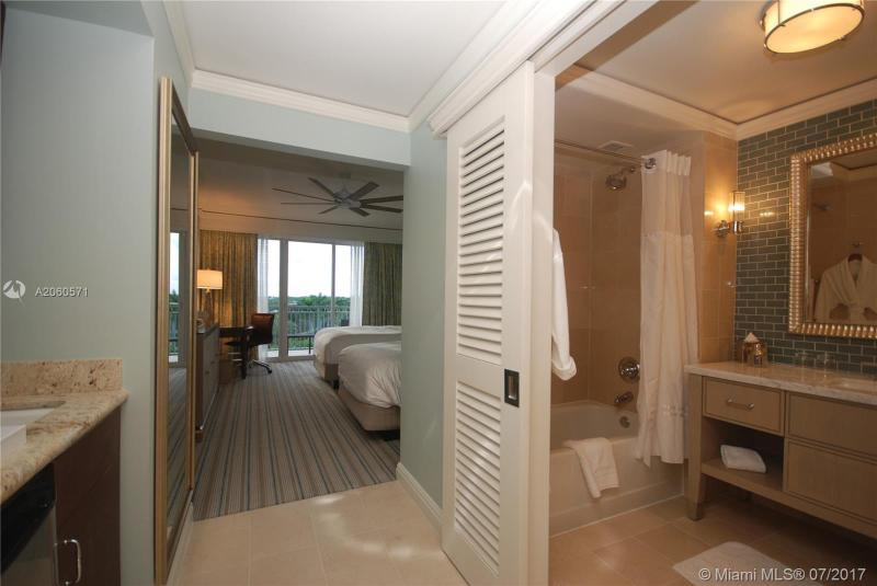 575 Crandon Blvd  Unit 711, Key Biscayne, FL 33149