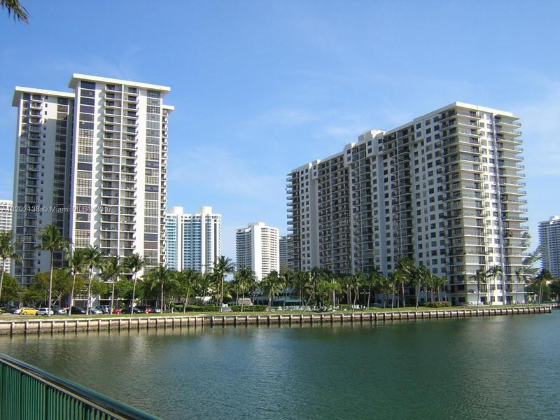 18151 31st Ct  Unit 0, Aventura, FL 33160