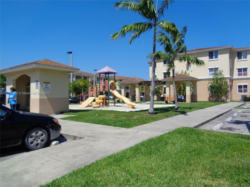 13655 10th Ave  Unit 312, North Miami, FL 33161