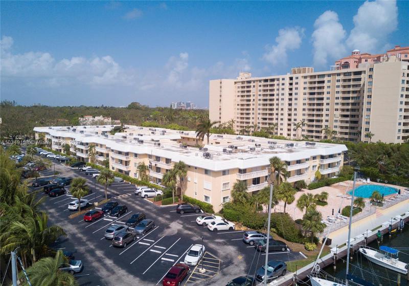 215 SW 42nd Ave  Unit 908, Coral Gables, FL 33134-1732