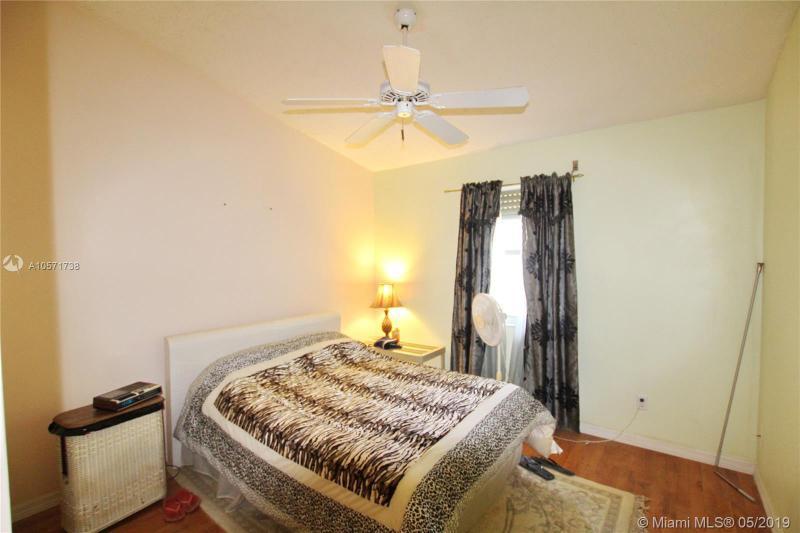 1649 SE Ridgewood St, Port St Lucie, FL, 34952