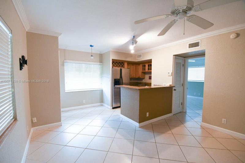 924 2nd St, Fort Lauderdale FL 33301-3643