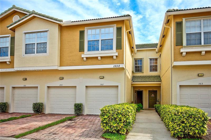 384 SE Bloxham Way , Stuart, FL 34997-1565