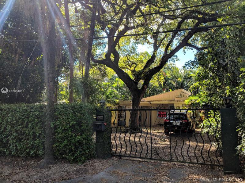 3630  Palmetto Ave,  Miami, FL
