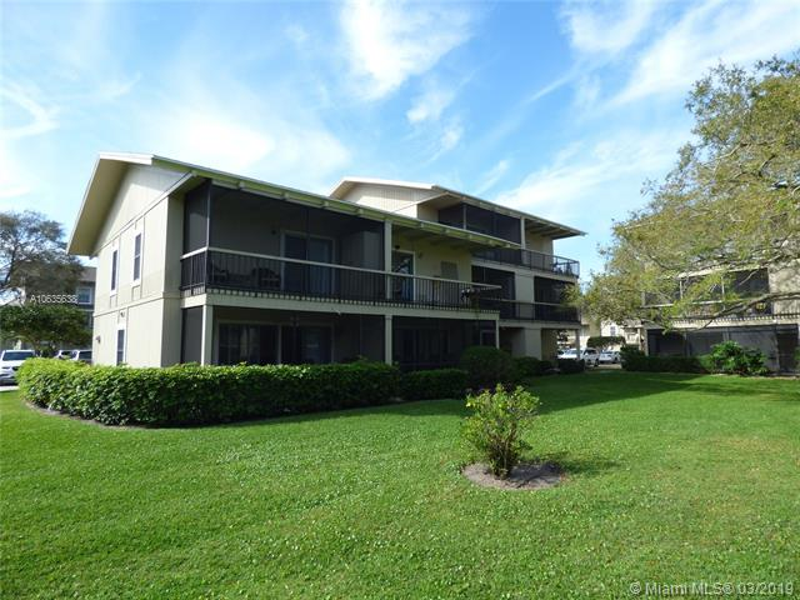 18400 SE Wood Haven Ln  Tequesta, FL 33469-1174 MLS#A10635638 Image 7