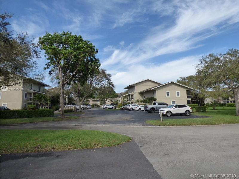 18400 SE Wood Haven Ln  Tequesta, FL 33469-1174 MLS#A10635638 Image 8
