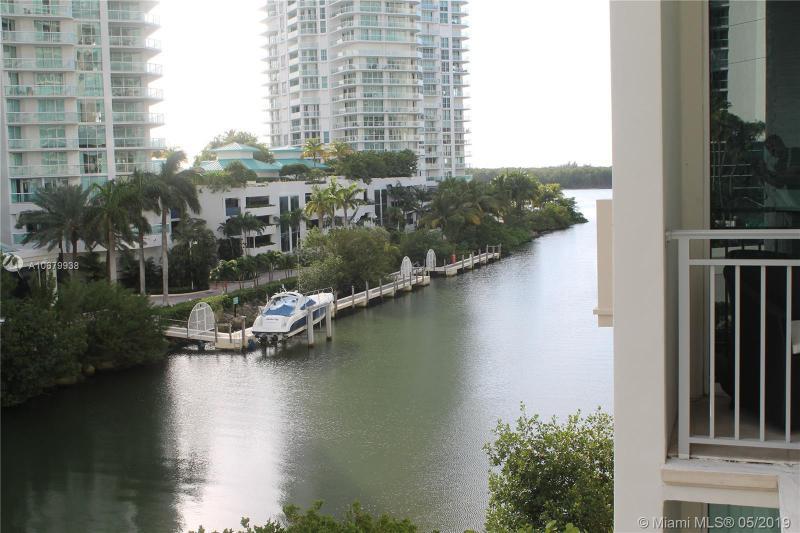 150 Sunny Isles BLVD TH-401, Sunny Isles Beach, FL, 33160