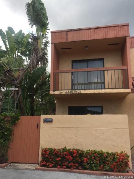 3240 W Trade Ave,  Miami, FL