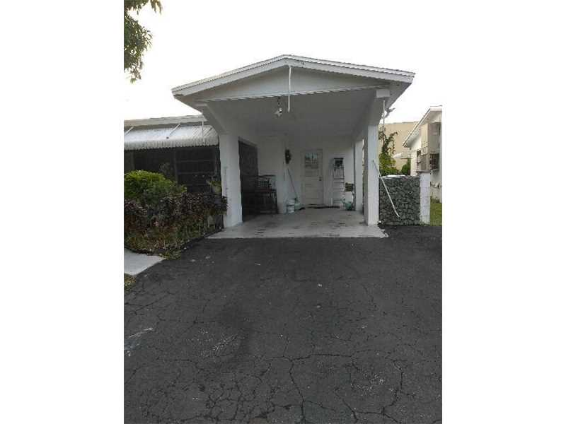 Lauderdale Lakes Single Family A10185005