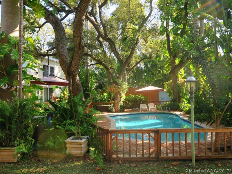For Sale 1896   Tigertail Ave Coconut Grove  FL 33133 - Biscayne Park Terrace