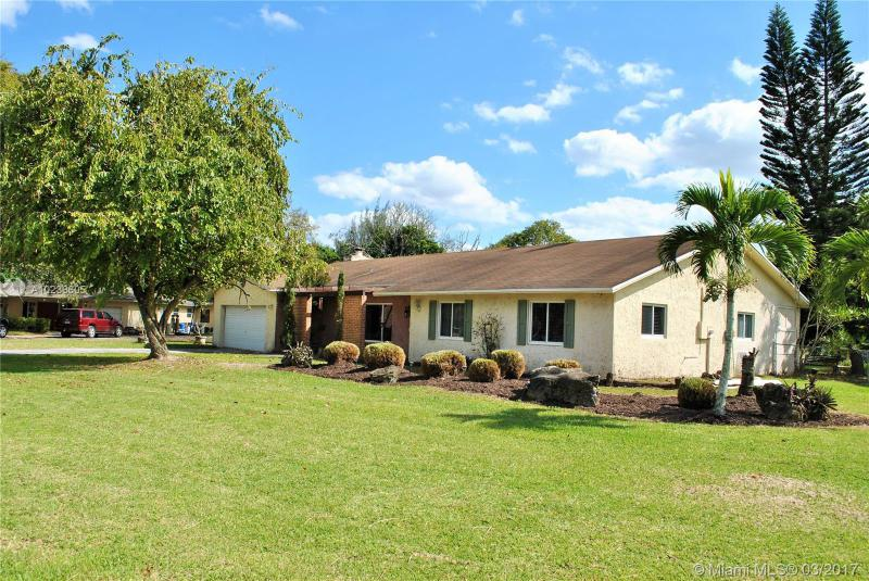 5351 163rd Ave , Southwest Ranches, FL 33331