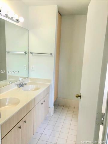 9810 SW 2nd St, Pembroke Pines, FL, 33025