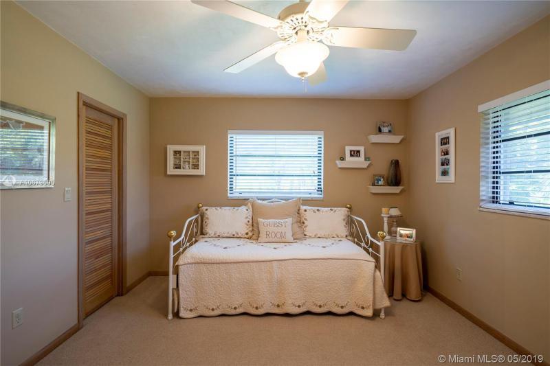 12850 SW 61st Ave, Pinecrest, FL, 33156