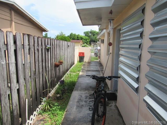 1332 W 62nd St, Hialeah, FL, 33012