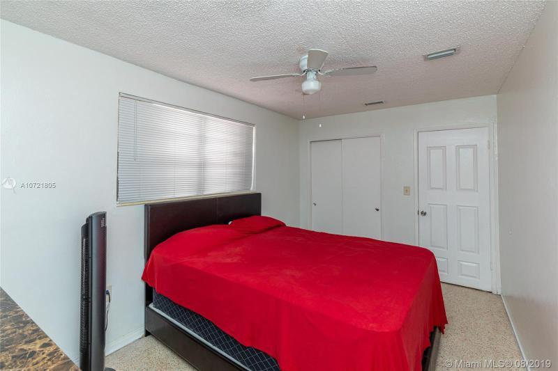 998 E 29th St, Hialeah, FL, 33013