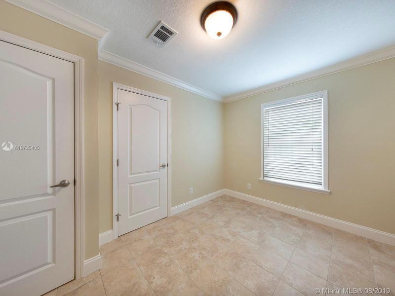 223 Loeb Ave, KEY LARGO, FL, 33037