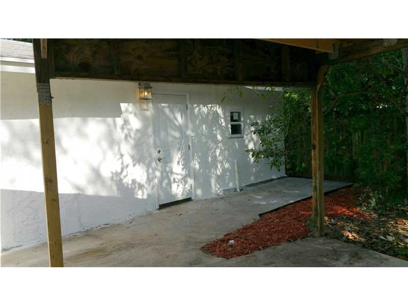 724 4th Ave , Fort Lauderdale, FL 33311